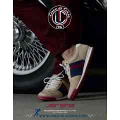"""Jarama - SPORT CHIC  Petite soeur de la gamme ESTORIL, la JARAMA reprend  les mêmes caractéristiques  :  Confort et Maintien, Sport et Elégance , semelle fine à l'avant pour une excellente sensation au pédalier, talon ergonomique pour un réel confort de marche.  Elle bénéficie bien entendu des trois oeillets de couleurs qui sont la signature de toutes nos chaussures, en plus du logo """"Competizione"""" sur la patte arrière.    100% cuir à l'intérieur , Cuir et Nubuck à l'extérieur . Disponible en 4 couleurs et 6 tailles"""
