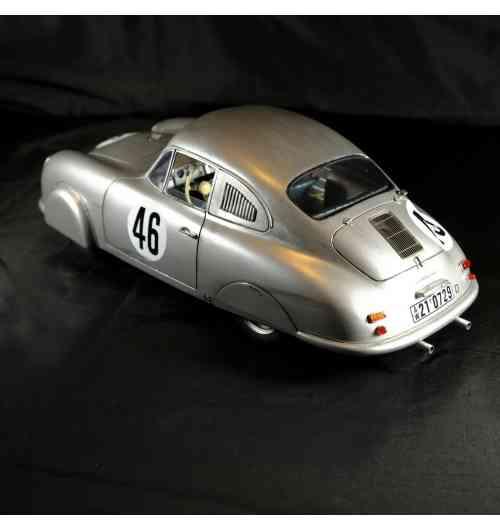 1/12 Porsche 356 Gmünd #46 Le Mans 1951 - Modèle monté au 1/12 en résine et détails en pièces photodécoupées. Série limitée