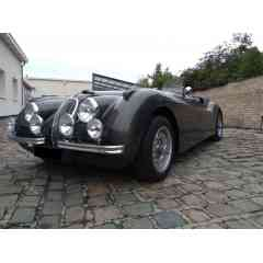 Jaguar XK120 - Restaurée depuis châssis Boite 5 vitesses, radiateur alu, ventilateur électrique, radiateur d'huile, ...