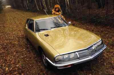 salon de la voiture de collection et véhicules anciens Citroen sm