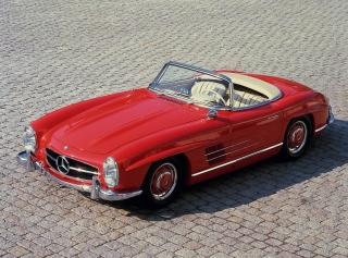 salon de la voiture de collection et véhicules anciens constructeurs Mercedes