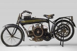 salon de la voiture de collection et des véhicules anciens Moto Terrot Cuzeau