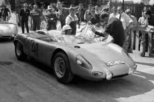 salon de la voiture de collection et des véhicules anciens Porsche - HNE 3343