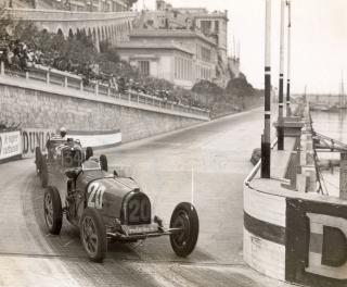 Salon Rétromobile - BUGATI 1931